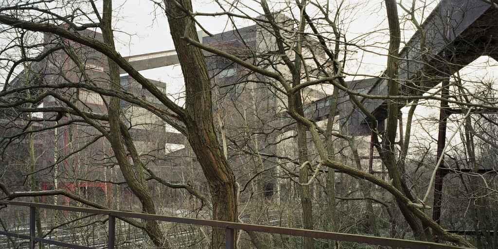 Duisburg-Bruckhaus, 2003, ca. 41 x 82 cm